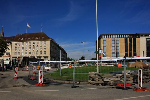 "Berliner Platz • <a style=""font-size:0.8em;"" href=""http://www.flickr.com/photos/69570948@N04/37179757006/"" target=""_blank"">View on Flickr</a>"