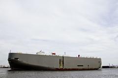 r_170921176_beat0057_a (Mitch Waxman) Tags: cargo killvankull newyorkcity newyorkharbor roro ship statenisland newyork
