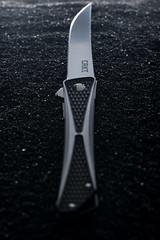 CRKT Crossbones (m4tik - 128db) Tags: knife crkt crossbones massdrop folddingknife packshot sony a7r ii a7rii canon 100mm f28 macro profoto flipper 128db strasbourg 128dbfr