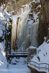 Flickr-53.jpg (Juliette Savey) Tags: climbing usa whitemountains etatsunis winter flume mountains flumegorge escalade snow lincoln iceclimbing cascade hiver waterfall newhampshire nh ice glace gorge neige