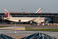Qatar Airways 777-300ER A7-BEI (Seve Benincasa) Tags: airport iad dulles international dc twinengine 777 boeing boeing777 b777 trippleseven tripleseven triple7 2017 qatarairways 777300er