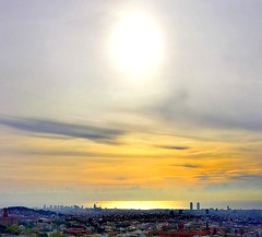 Sunrise is very beautiful, but could be later....💤😎 (carlesbaeza) Tags: sunrise amanecer landscape skyline sky sun barcelona catalunya catalonia travel love matinada sol ngc