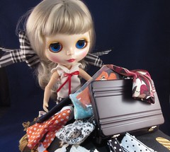 BaD 8 September 2017: Cruising (jefalump) Tags: blythe suitcase clothes cruise doll