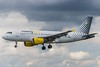 Vueling EC-MIQ (A) (U. Heinze) Tags: aircraft airlines airways flugzeug haj hannoverlangenhagenairporthaj eddv nikon nikon28300mm