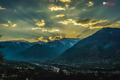 Manali valley...... took the pic just after the sunset behind mountains..... (ravijaichand) Tags: flickr nikonflickraward flickrunitedaward flickrestrellas photography scenery valley manali mountains sunset nature