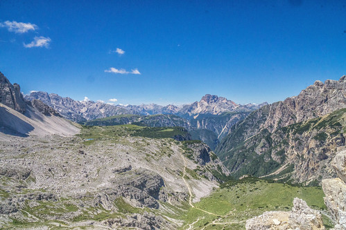 Walking towards the Rifugio Locatelli