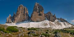 Tres Cimas (Don César) Tags: italy italia europe europa dolomites dolomiti mountains montañas peaks picos montaña montañismo mountaneering rock südtirol southtyrol trecimedilavaredo dreizinnen hiking route