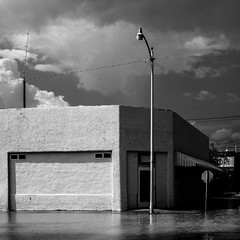 (el zopilote) Tags: truthorconsequences newmexico townscape architecture street powerlines signs clouds canon eos 5dmarkii canonef24105mmf4lisusm canonites fullframe bw bn nb blancoynegro blackwhite noiretblanc digitalbw bndigital schwarzweiss monochrome 500