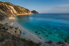 Spiaggia di Sansone (marypink) Tags: isoladelba spiaggiadisansone mare sea sky summer estate boats nikond800 nikkor1635mmf40 beach