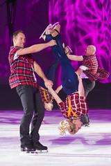 DUQ_4382r (crobart) Tags: figure skating pairs aerial acrobatics ice cne canadian national exhibition toronto