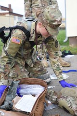 (30th MED) Tags: efmb usareur usarmyeurope jeromeferrin jerome ferrin expertfieldmedicalbadge 2017 fall 21sttsc 30thmedbde 30thmedicalbrigade 421stmmb 421stmultifunctionalmedicalbattalion army medic medical