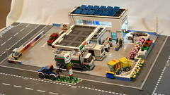 Tankstelle & Autowaschstraße (Service Station & Car wash) (60132 MOD) 1.0 01 (-Nightfall-) Tags: lego moc mod 60132 tankstelle gasstation servicestation carwash recyclingcontainer modular