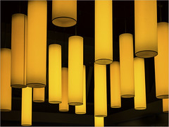 Yellow light (Ulrich Neitzel) Tags: abstract gelb lamp leuchte mzuiko1240mm olympusem1 repetition round rund wiederholung yellow