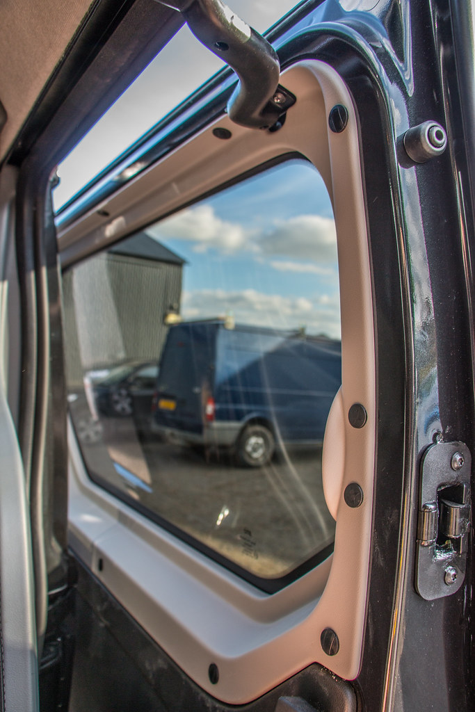 50e65c97af Vauxhall Vivaro Double Cab And Carpet-10 (Van Line NI) Tags  vauxhall