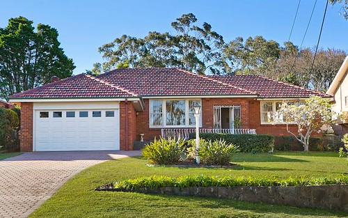 52 Hunter Av, St Ives NSW 2075