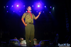 A Story of Scouting (Daniel M. Reck) Tags: 2017nationalscoutjamboree 2017jambo attsummitstadium bsa boyscoutsofamerica dmrfeature dmrphoto glenjean mounthope nsj nationalscoutjamboree sbr scouting summitbechtelreserve westvirginia year2017 actor performancearts stage talking theater unitedstates