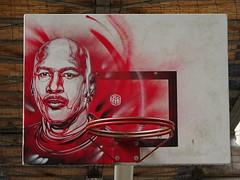 C215 : Michael Jordan (juillet 2017) (Archi & Philou) Tags: c215 pochoir stencil américain usa sport champion portrait homme jordan basket basketball olympique rouge red