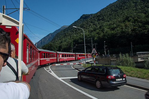 Il treno per strada