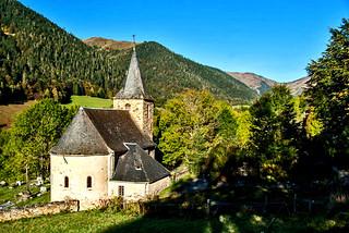 En chemin pour le lac de Bareilles (Pyrénées)