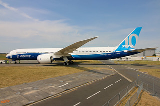 Boeing 787-10 n528zc