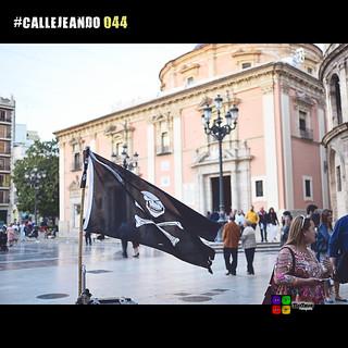 #CALLEJEANDO 044