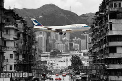 "Boeing, 747-367, ""Cathay Pacific"", VHHH, Kai Tak, Hong Kong (Daryl Chapman Photography) Tags: boeing 747 743 747300 cx cpa kaitak cathaypacific hongkonginternationalairport landing arrival igs 13 famous cnn tv scmp rollsroyce"