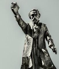 Statue (Krakow Old Town) Olympus OM-D EM1-II & M.Zuiko 12-100mm f4 Travel Zoom (markdbaynham) Tags: statue cracow krakow pl polen polish polska oldtown historic olympus omd em1ii em1mk2 csc mirrorless evil mzd mz mzuiko 12100mm f4 mft m43 m43rd micro43 micro43rd