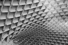 structure metropol parasol (Rudy Pilarski) Tags: structure lines ligne courbes métropolparasol séville voyage travel thebestoffnikon thepassionphotography nikon tamron 18270 d7100 nb bw bâtiment architecture abstract abstrait modern
