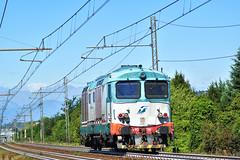 D445.1066 Trenitalia CP 70429 Torino Smistamento NORD - Novara in transito a Cambiano(TO) (simone.dibiase) Tags: d4451066 trenitalia cp 70429 torino smistamento nord novara transito cambianoto 1066 cargo cargoitalia italia xmpr lingotto fs ferrovie dello stato italiane train station stations rail rails railway railways italy france francia loco locos locomotive locomotiva mercitalia mir mirrail nikon d3300 dslr camera nikond3300 passion passione trainspotter best picture world simone di biase simonedibiase