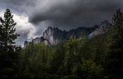 under the weather, and loving it... (Alvin Harp) Tags: dunsmuir california castlecrags september 2017 mountainpeaks forest cloudsstormssunsetssunrises stormclouds darkclouds beautifullight lightroomcc sonyilce7rm2 fe2470mmf28gm naturesbeauty i5 alvinharp