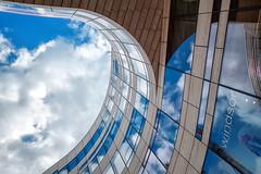Kö-Bogen (WinfriedH) Tags: düsseldorf köbogen architektur moderne modernearchitektur glasfassade fassade