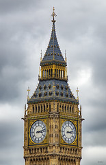 Two faced symmetry (Rob McC) Tags: architecture bigben clock historic housesofparliament tower building city detail elizabethtower 1859 clocktower iconic dial clockface london symmetry
