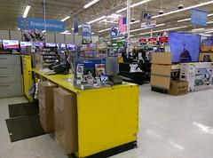 Corinth Mississippi Walmart: interior layout still stuck in the 90's (l_dawg2000) Tags: