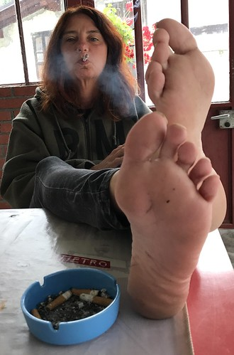 Smoking foot fetish