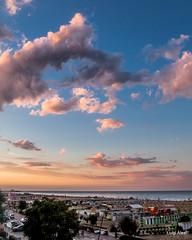 Rimini - ricordi d'estate (Luigi Alesi) Tags: rimini italia italy romagna riviera romagnola estate summer cielo sky nuvole clouds mare sea cloudscape vacanze holiday tramonto sunset nikon coolpix p330 raw