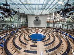 Preparations for COP23 (lars_uhlig) Tags: 2017 architektur bonn bundesstadt bundestag deutschland germany wccb architecture behnisch cop23 plenary hall plenarsaal kreis circle bundesadler