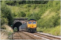 66770. Rat Hole Crossing. (Alan Burkwood) Tags: clarborough tunnel ratholecrossing gbrf 66770 6e19tonbridgecottam ps freight ash empty diesel locomotive