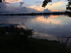 Phon Phisai sunset at the end of August (SierraSunrise) Tags: thailand phonphisai nongkhai sunset sky skies river water mekong mekongriver reflection clouds