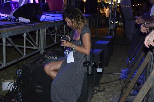 La Fotografa 🌹 #rominazago #dark #rocklab #musica #photo 😎 #music #fotografia 🙌 #ecosoundfest #sottosuolo #underground #massamarittima #roma #italy #concerti #tibervalley 🎥 #elettritv #italia 📷 ] ;)::\☮/>>