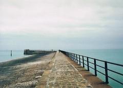 Saint-Valery. (chmurkins) Tags: saintvalery normandi france melancholic sea chinon