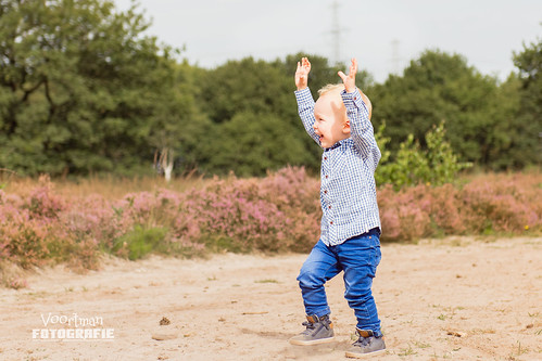 0826 Familieshoot Assen (Voortman Fotografie) WEB-11