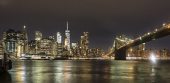 Puente de Brooklyn de noche (Jorge Pazos) Tags: brooklynbridge puente de brooklyn ny nycity newyork nuevayork eeuu usa jorgepazos canonista canon 5dmarkiii landscape color 2470mm28l nightshot noche ciudad río silueta