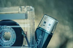 Then and now... Peek-a-boo !! (ashora_63) Tags: macromondays macro pendrive evolution 7dwf musicassette bluefilter hbw music abigfave