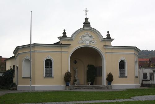 Ehrenmal der Gemeinde Metten für die Gefallenen der beiden Weltkriege