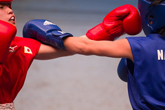 20130402_AN2J7741 (koen@jp) Tags: boxing ボクシング 後楽園ホール korakuen hall 第1回 女子ボクシング チャレンジマッチ the 1st womens challenge match suidobashi 水道橋 headgear ヘッドギア gloves ボクシンググローブ 2013