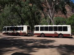 Zion NP_091a (Thomas Jundt + CV) Tags: nationalpark shuttlebus usa utah zioncanyon zioncanyonscenicdrive zionnp