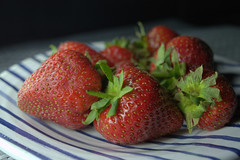 Strawberries (Tony Worrall) Tags: add tag ©2017tonyworrall images photos photograff things uk england food foodie grub eat eaten taste tasty cook cooked iatethis foodporn foodpictures picturesoffood dish dishes menu plate plated made ingrediants nice flavour foodophile x yummy make tasted meal nutritional freshtaste foodstuff cuisine nourishment nutriments provisions ration refreshment store sustenance fare foodstuffs meals snacks bites chow cookery diet eatable fodder strawberries fruit red strawberry berry