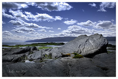 Between moon and earth (Siolas Photography) Tags: québec mpdquebec sky stlaurent fleuve ciel charlevoix isleauxcoudres baiestpaul landscape paysage panorama