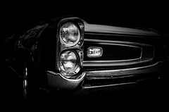 Pontiac GTO 1966 (BartvanDam) Tags: pontiac gto 1966 oldtimer monochrome ricohgr classiccar sixties portrait