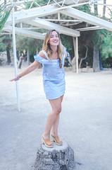 :) (crisgarr) Tags: woman smile happiness mujer girl sonrisa inexplore